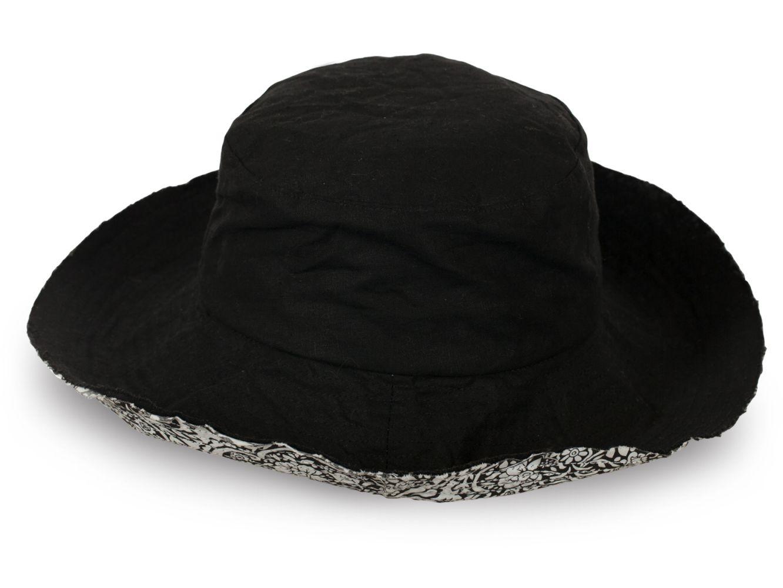 Оригинальная шляпа для кокеток