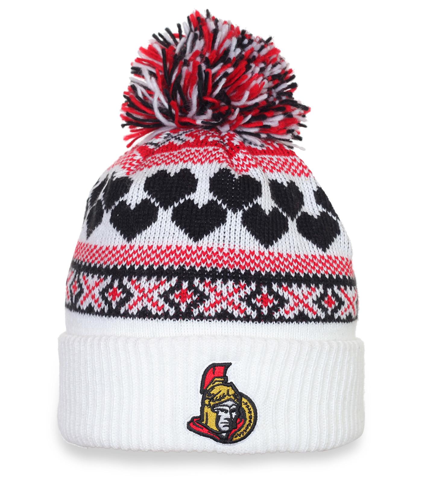 Оригинальная женская шапка на зиму