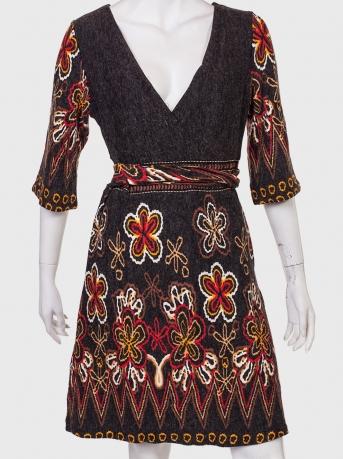 Купить оригинальное платье с имитацией вышивки от ANGIE
