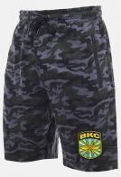 Оригинальные шорты практичного кроя с нашивкой ВКС