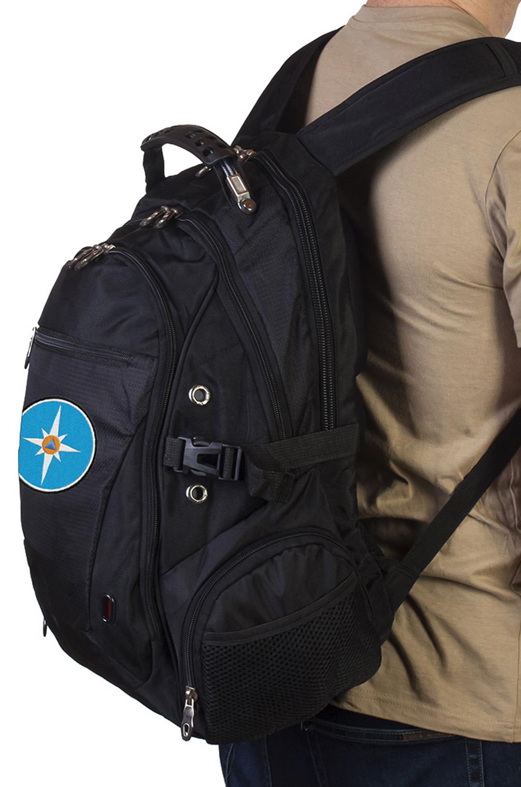 Оригинальный черный рюкзак с эмблемой МЧС заказать онлайн