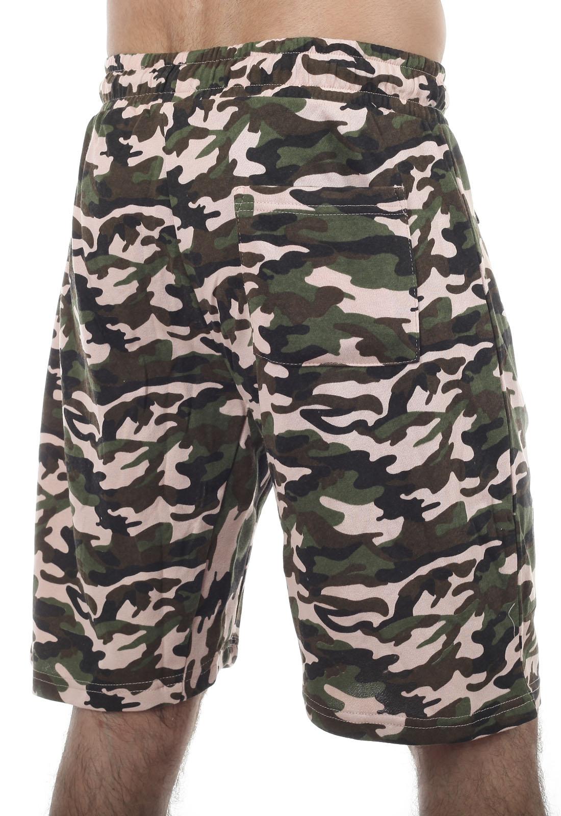 Особенные камуфляжные шорты с карманами и нашивкой ВКС - купить с доставкой