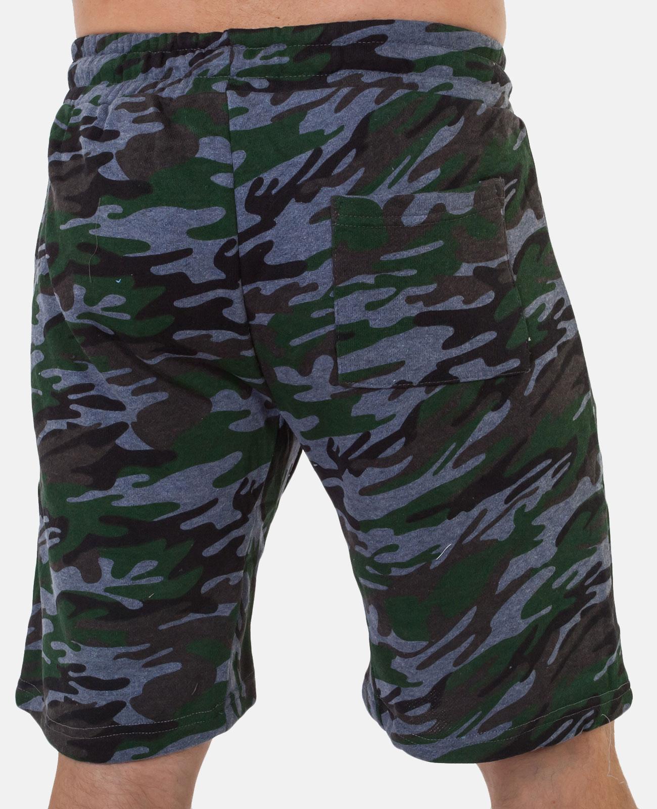 Особенные милитари шорты с карманами и нашивкой РХБЗ - купить онлайн
