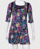 Озорное женское платье с ярким принтом