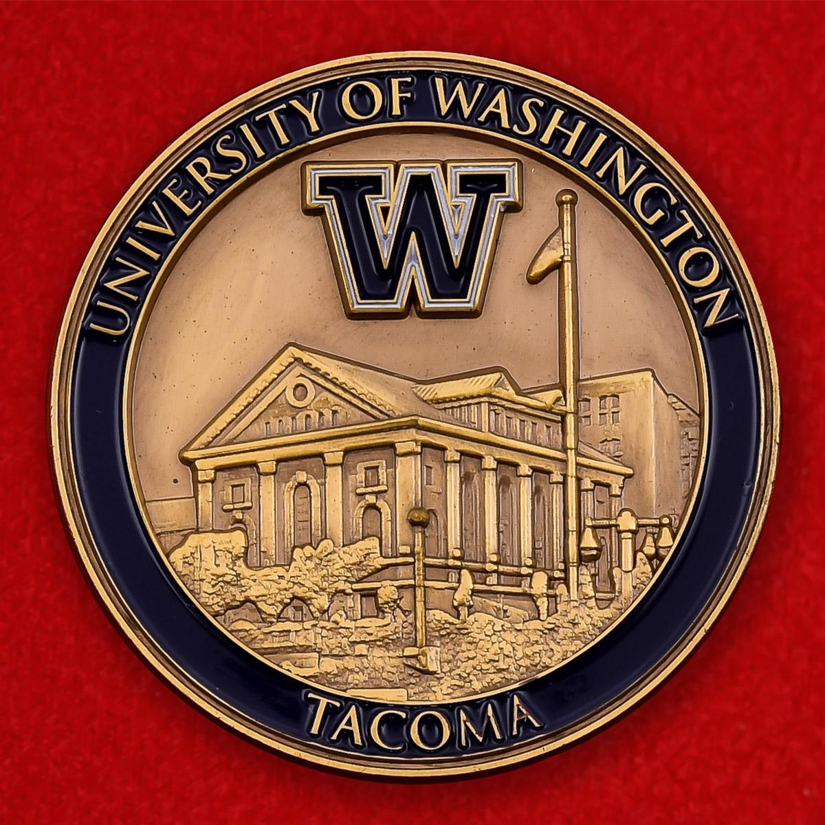 """Памятная монета """"Филиал Вашингтонского университета в Такоме"""""""