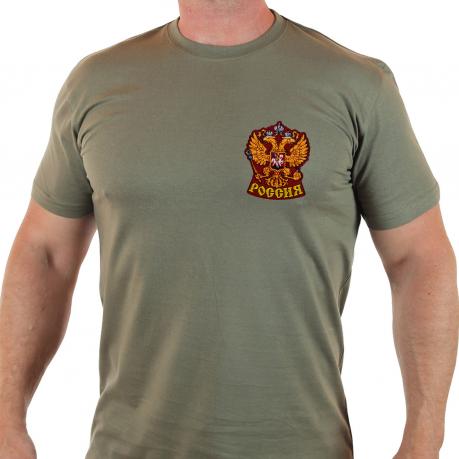 Патриотическая футболка с символикой России.