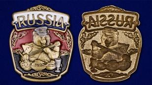 """Патриотическая накладка """"RUSSIA"""" с медведем - универсальное украшение"""