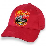 """Патриотичная кепка красного цвета с трансфером """"Победа"""""""