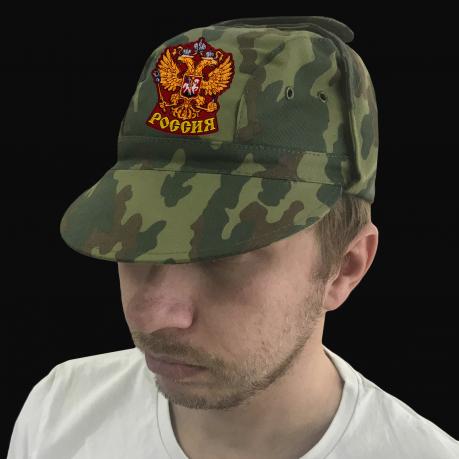 Патриотичная армейская кепка с гербом России
