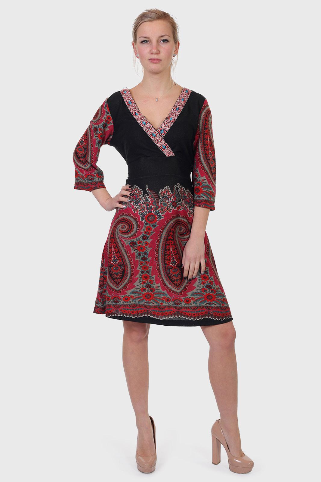 Купить в интернет магазине трикотажное этническое платье
