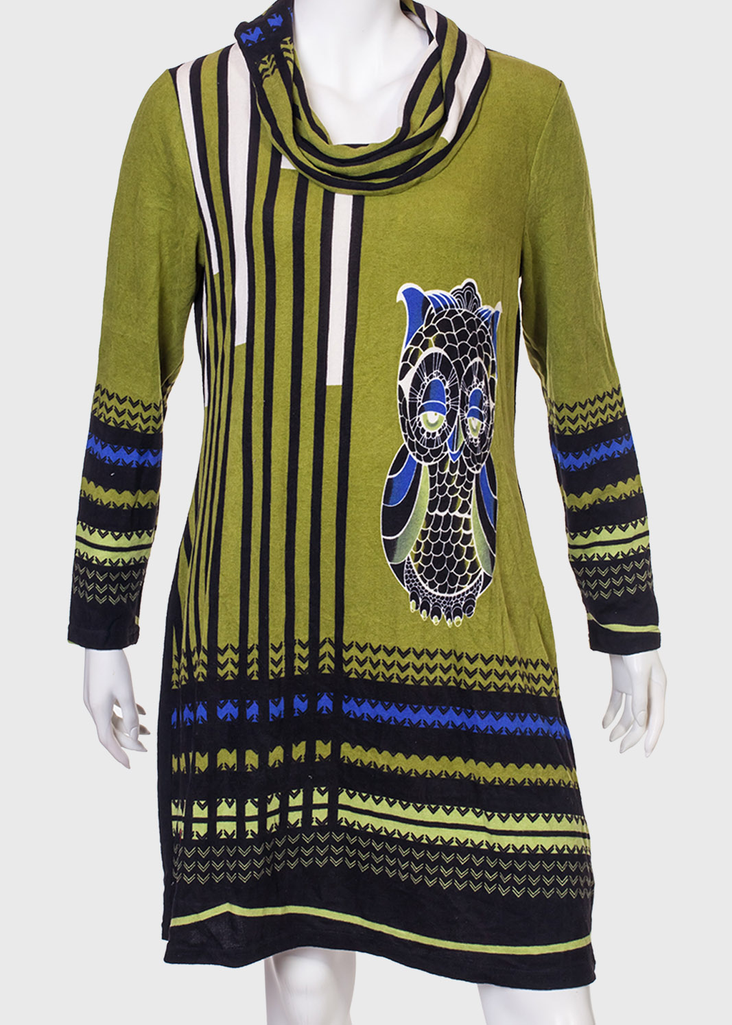 Платье прямого силуэта с рукавом от Le Grenier.