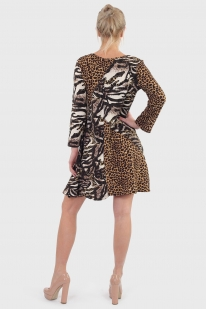 Животный инстинкт! Модное платье с анималистичным принтом.