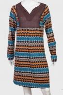 Необыкновенное платье с полупрозрачной грудью.