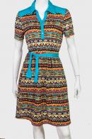 Модное платье с рубашечным воротником.