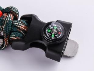 Плетёный браслет для мужчин с компасом