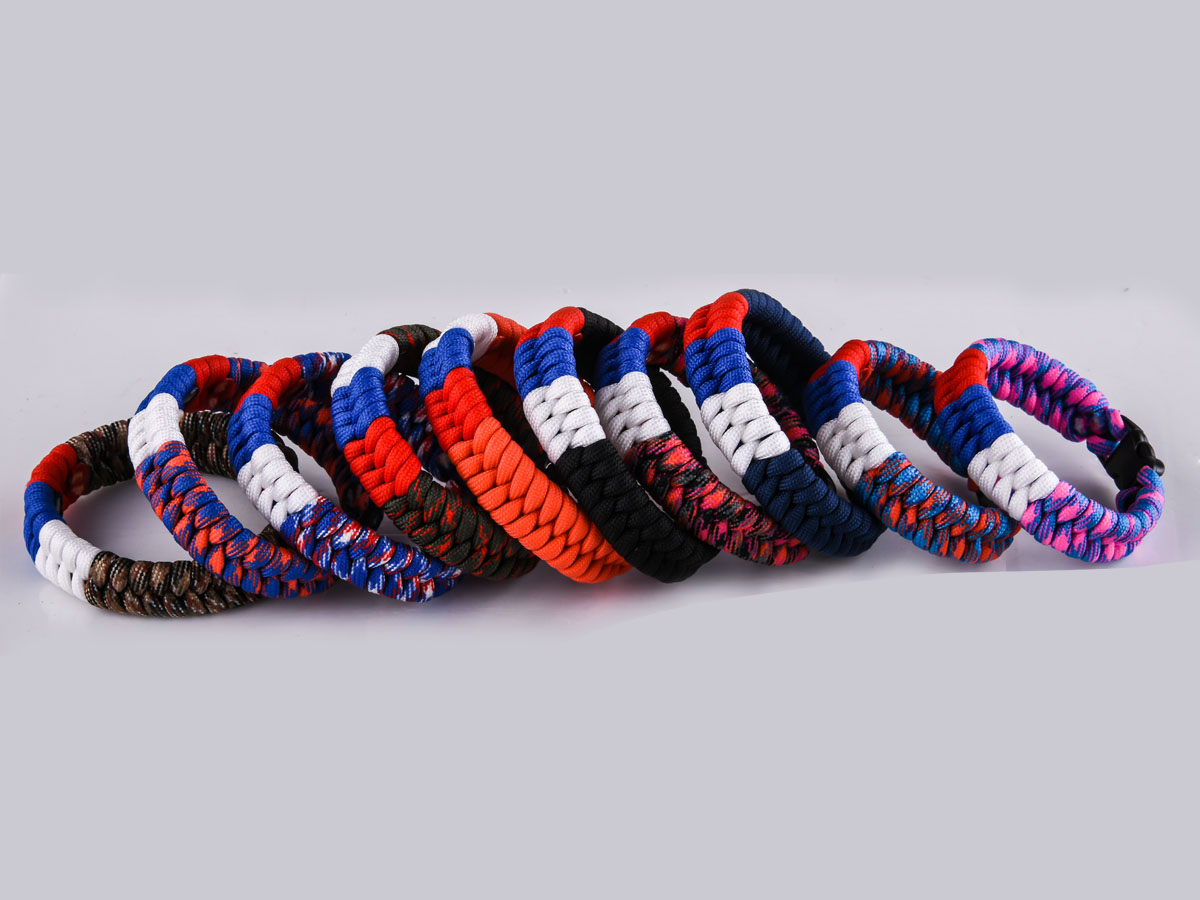 Плетёный браслет из шнура по приемлемой цене