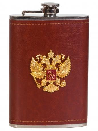 Плоская нержавеющая фляжка в чехле с накладкой Герб России