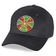 Пограничная кепка с вышивкой флага.