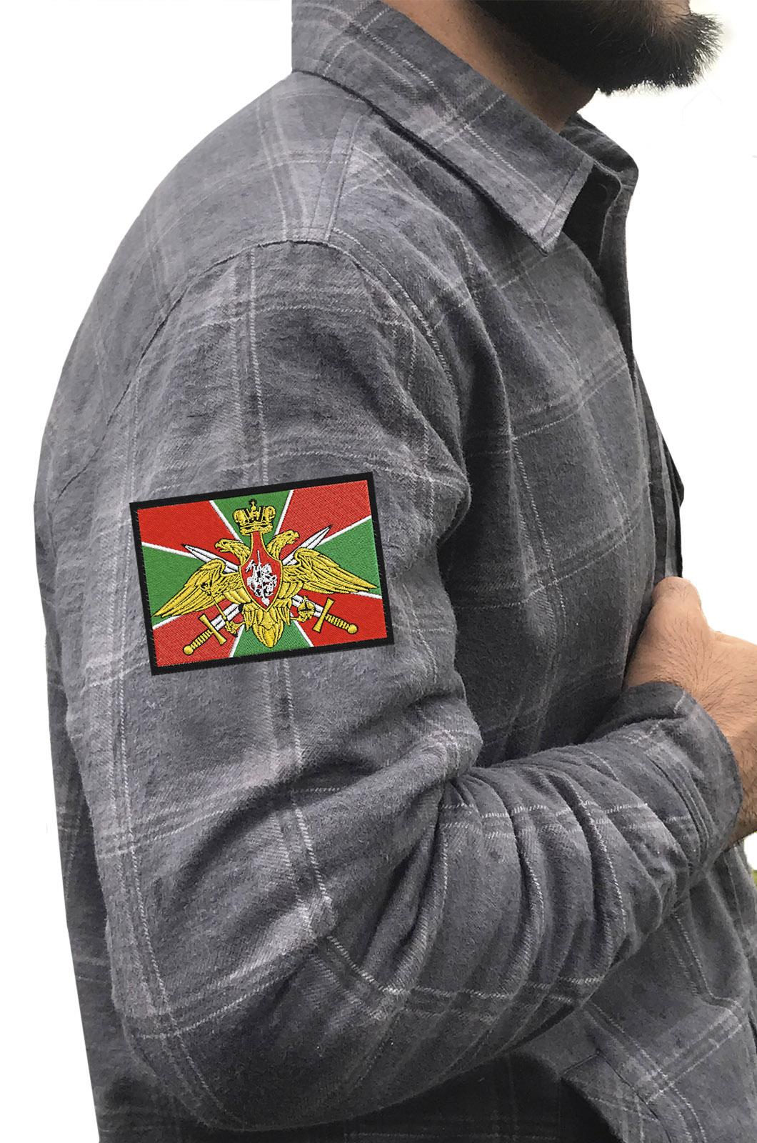 Пограничная рубашка с шевроном