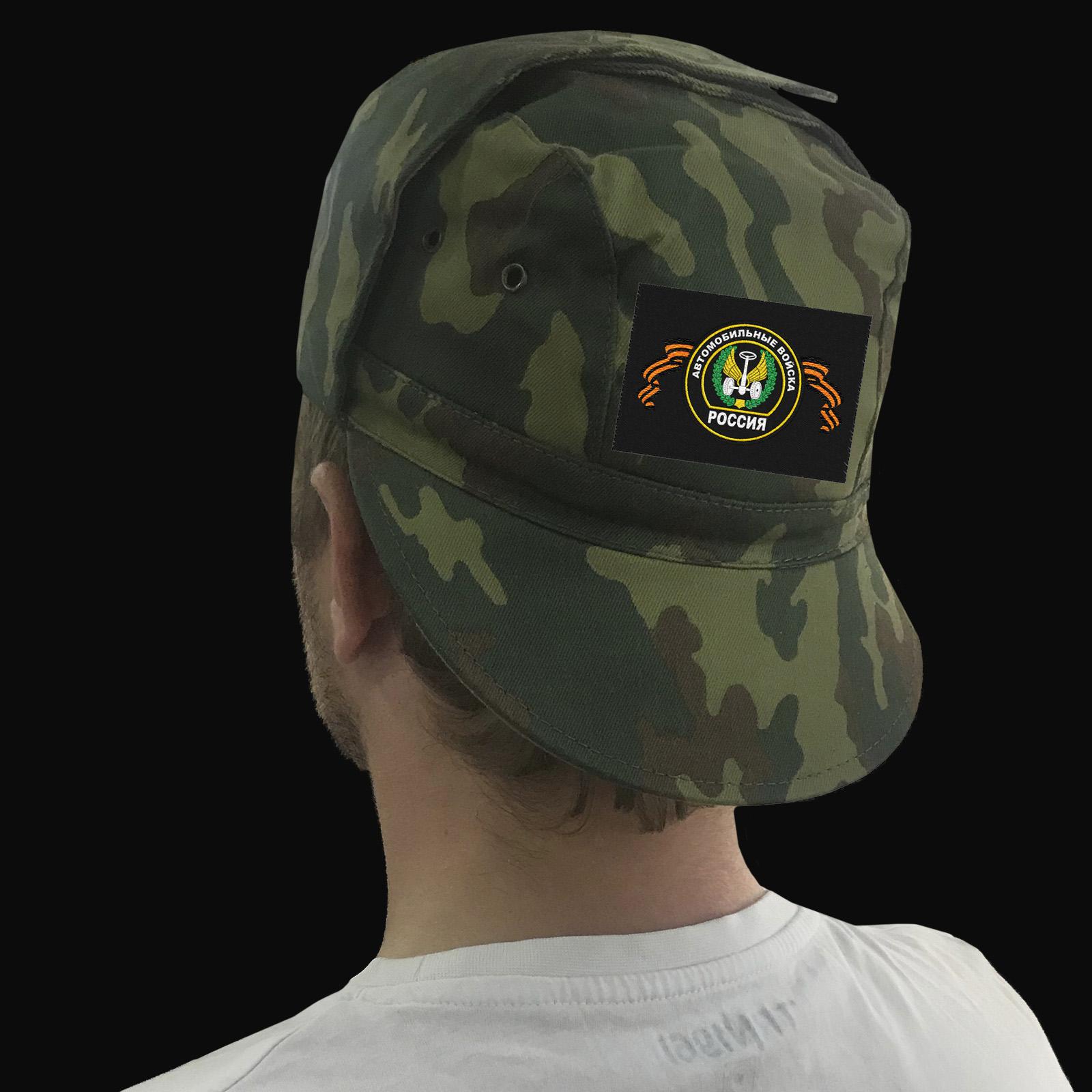 Полевые кепки камуфляж с шевронами различных родов войск РФ