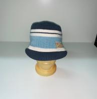 Полосатая шапка с козырьком