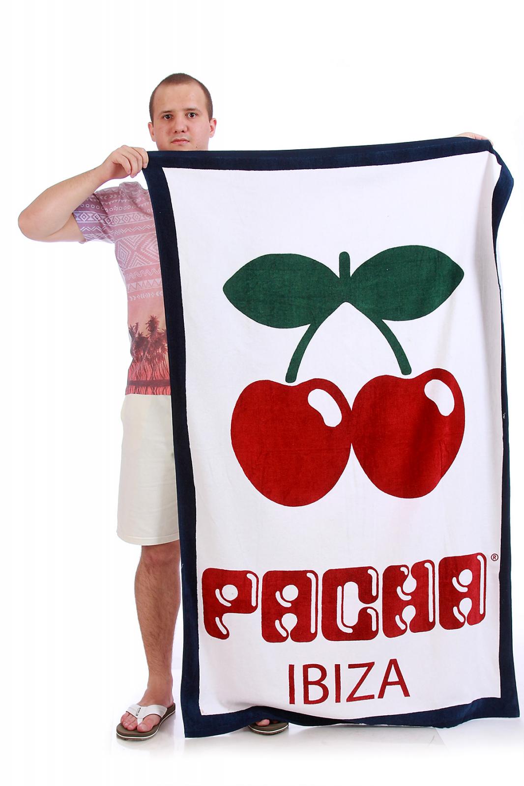 Пляжное полотенце Pacha Ibiza 3 в 1: покрывало, плед, подстилка.