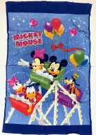 Полотенце детское Mickey Mouse с принтом