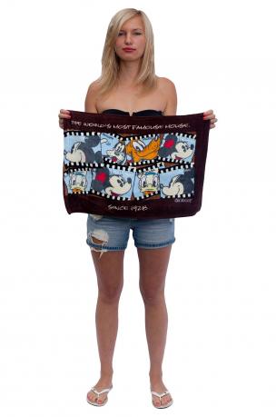 Махровый коврик-полотенце для детских ножек.