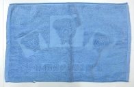Полотенце для ног голубого цвета с мишками