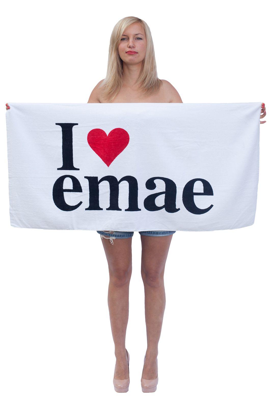 Прикольное универсальное полотенце с принтом I Love Emae.