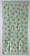 Полотенце в горошек с розочками