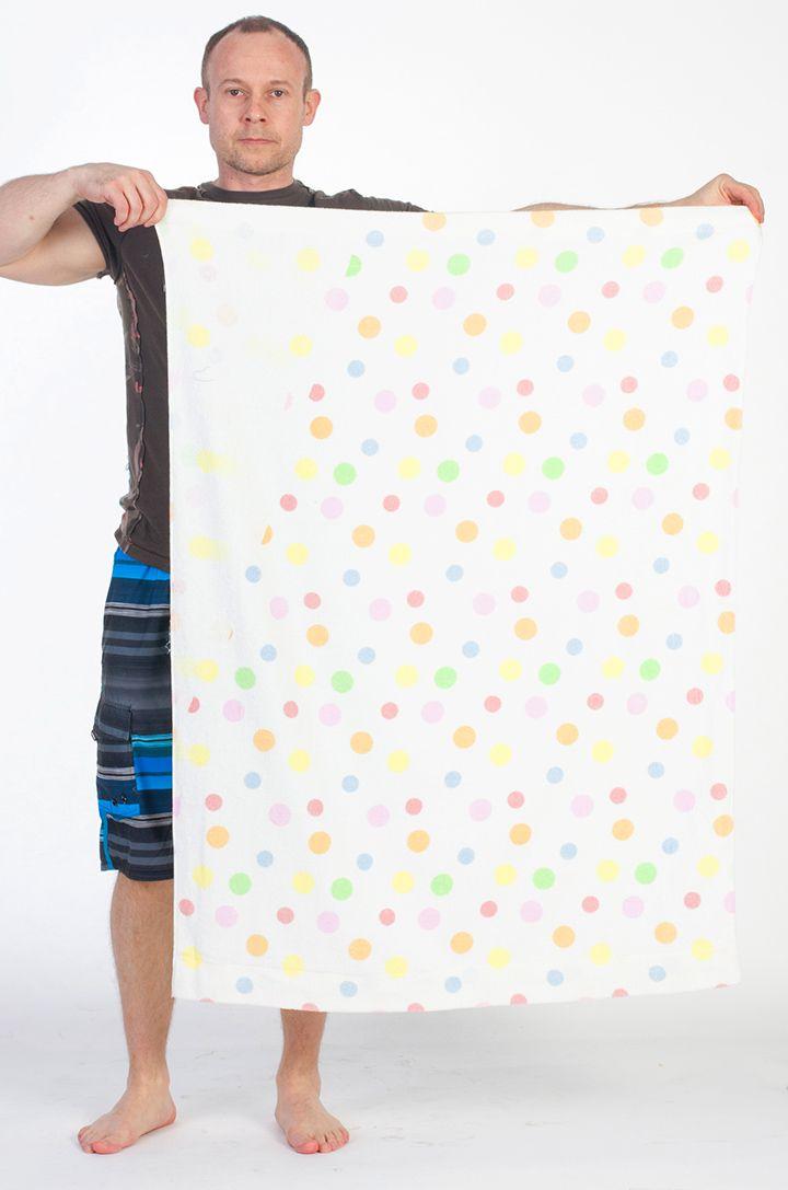 Полотенце в горошек цветной
