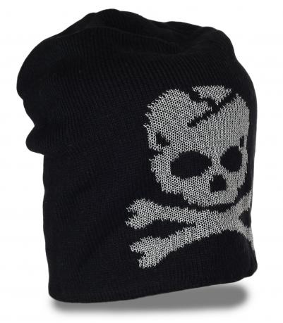 Популярная шапка с черепом для стильной молодежи. Классная модель, в которой тепло в любую погоду