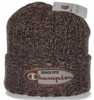 Популярная спортивная шапочка от Champion