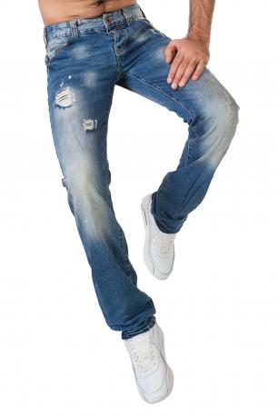 Потертые мужские джинсы