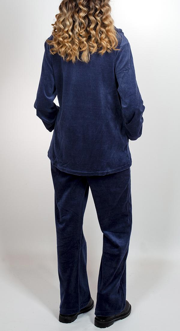 Женские костюмы на каждый день: брюки + кофта
