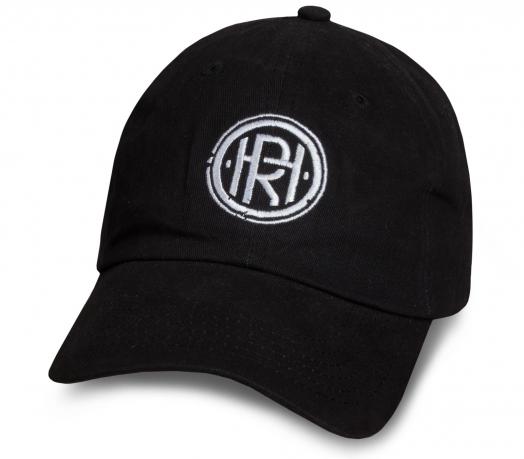 Практичная черная бейсболка с лого