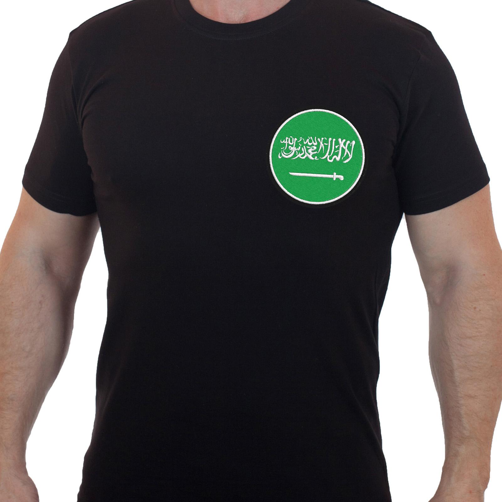 Практичная черная футболка с вышивкой Саудовская Аравия