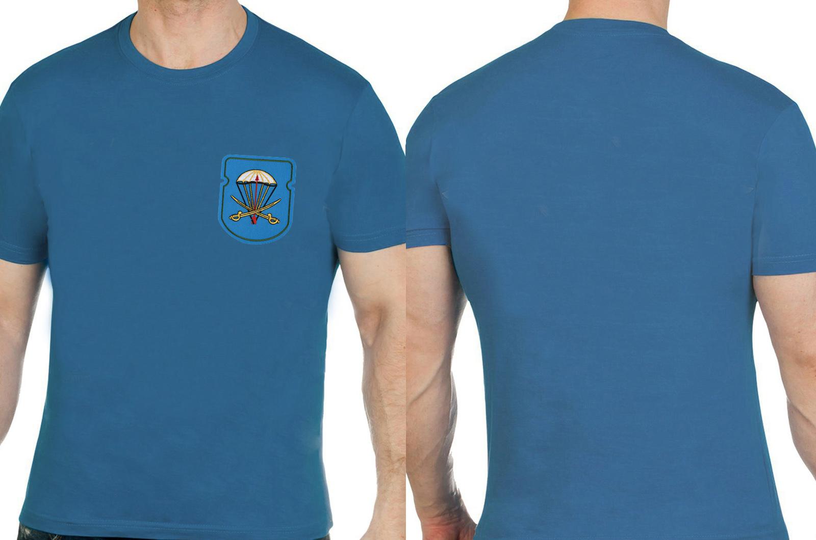 Практичная хлопковая футболка с вышивкой ВДВ - заказать оптом