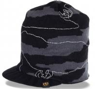 Практичная мужская шапка-кепка для межсезонья