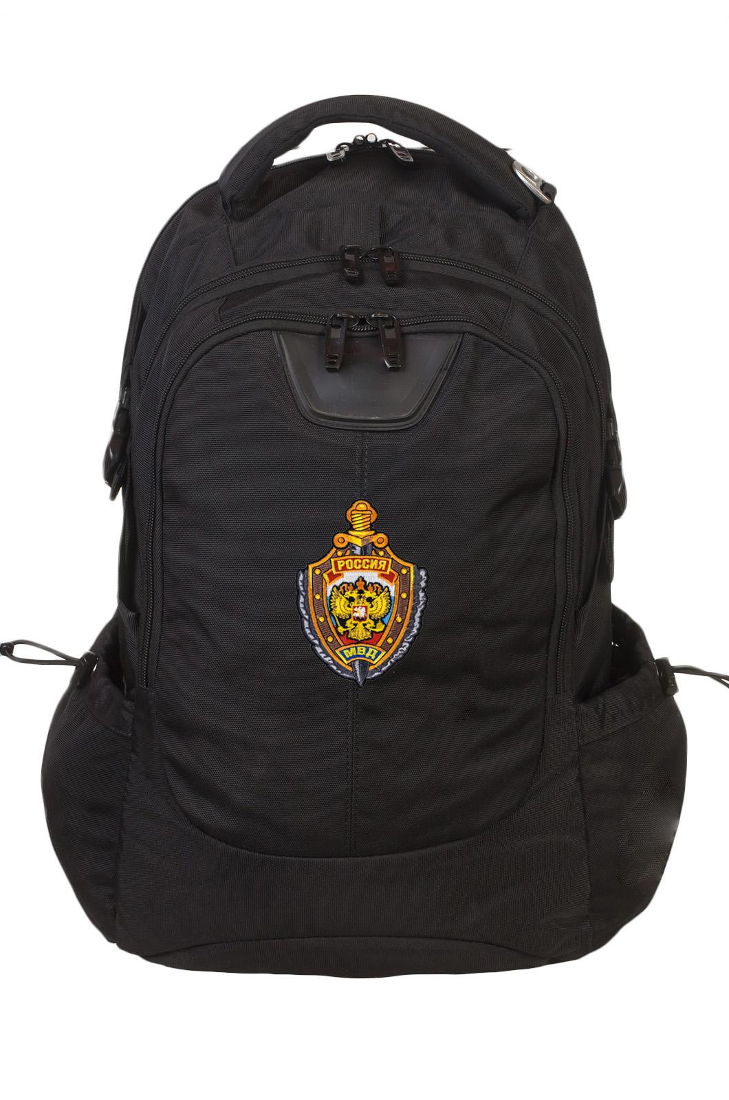 Практичный вместительный рюкзак с нашивкой МВД