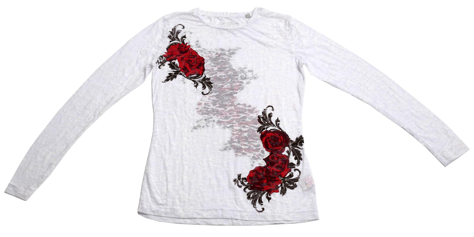 Прелестная белая кофточка с розами