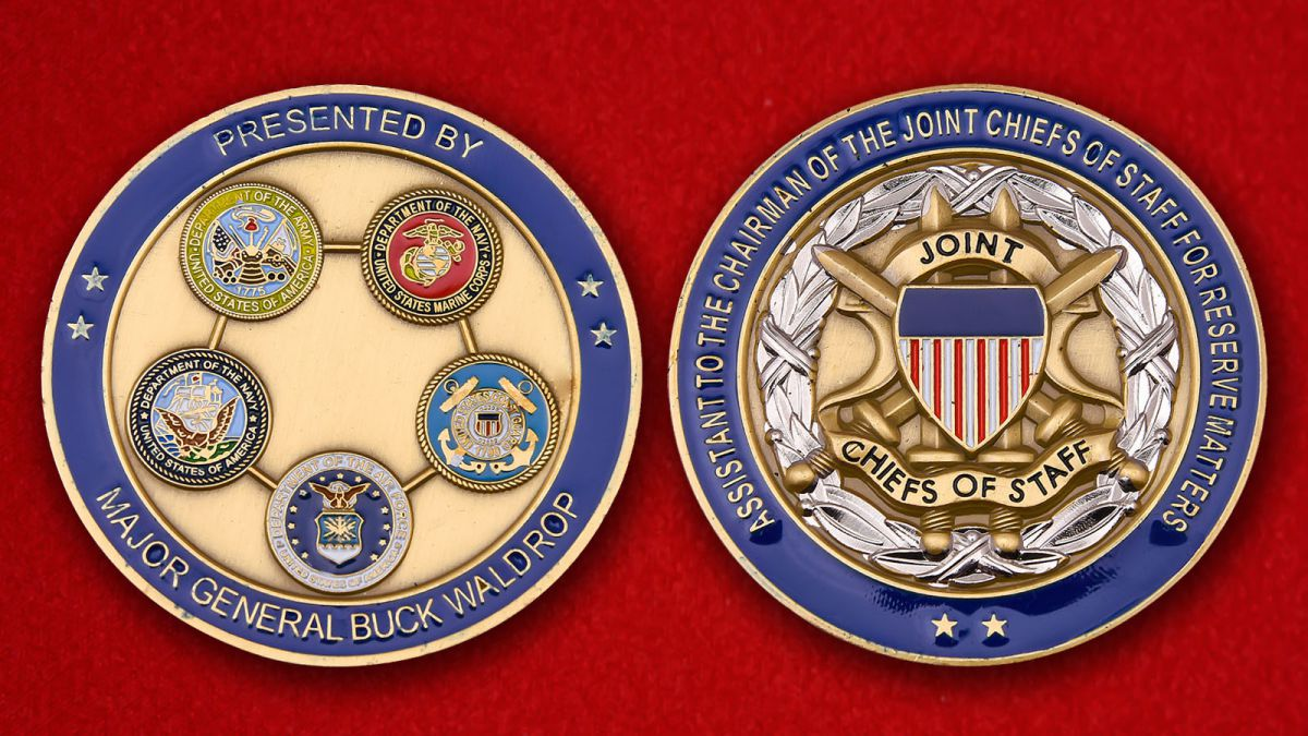 Presented dy major general Busk Waldrop Challenge Coin - obverse and reverse