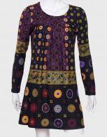 Примечательное женское платье с длинным рукавом