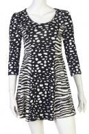 Купить приталенное платье с анималистическим принтом