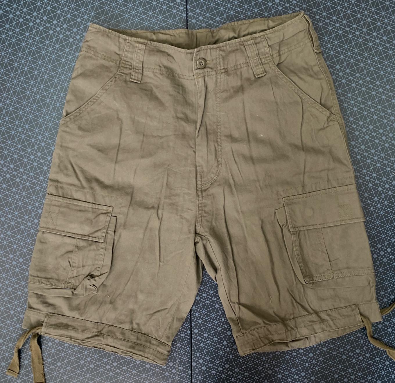 Просторные мужские шорты-боевики от бренда Brandit