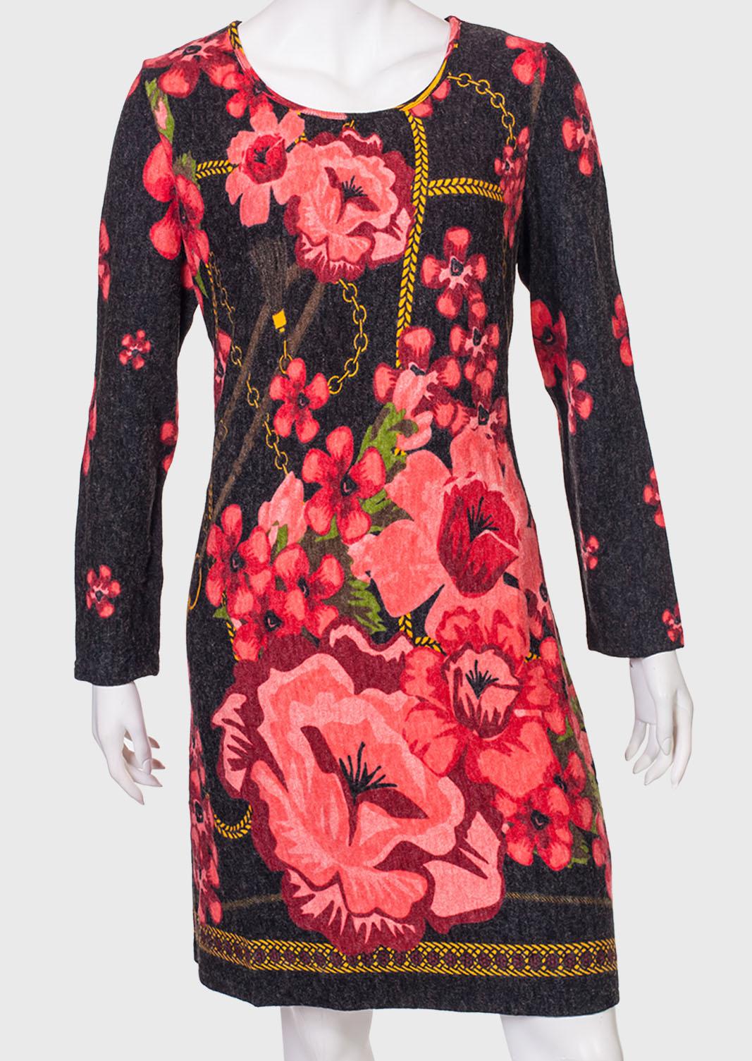Прямое платье с цветочным принтом