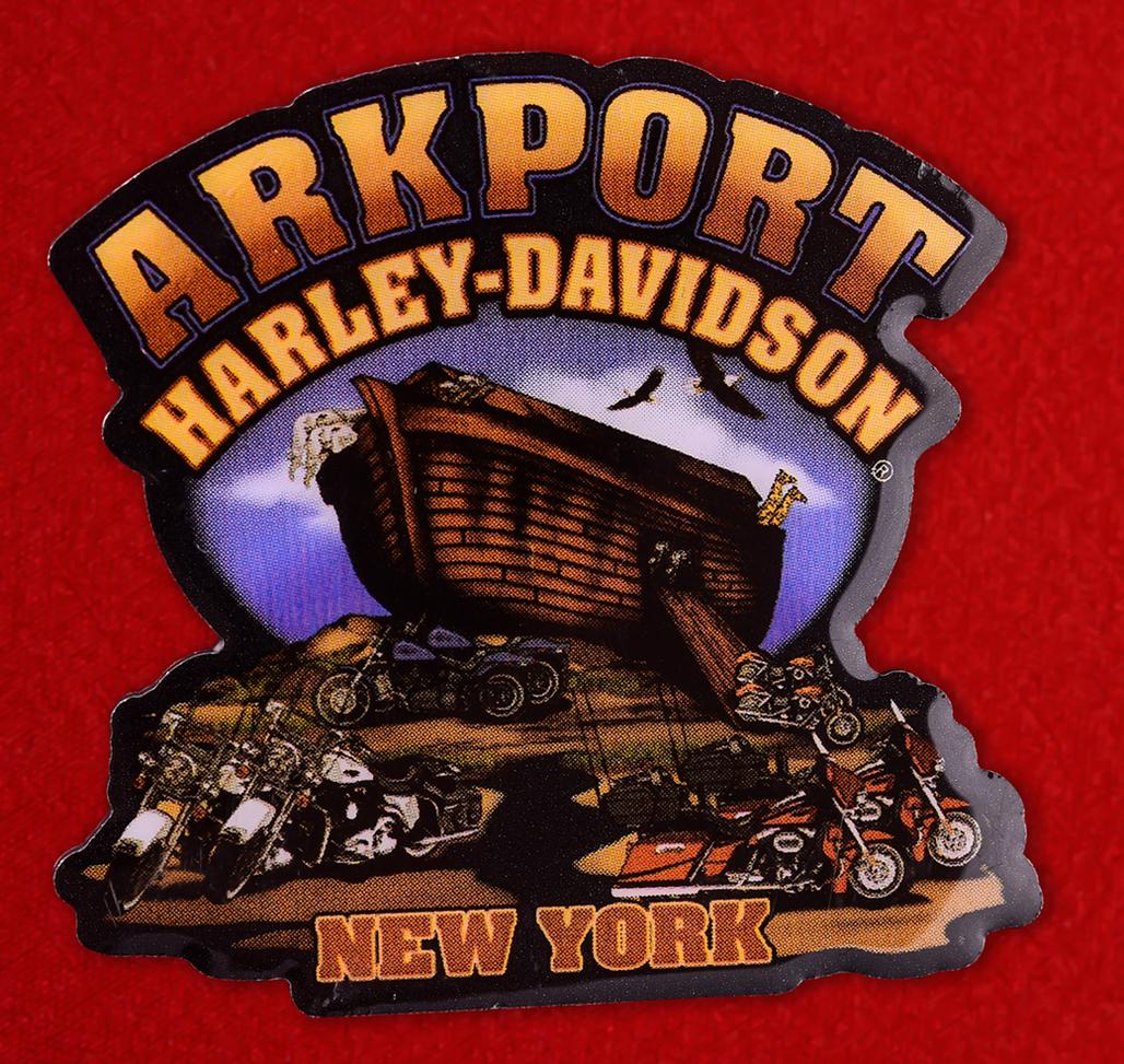 """Рекламный знак магазина """"Аrkport Harley-Davidson"""" в Нью-Йорке"""
