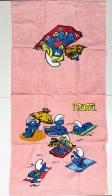 Розовое детское полотенце со смурфами