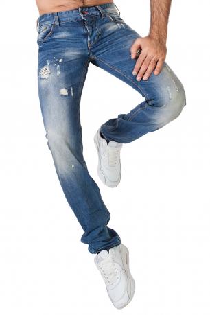 Рваные мужские джинсы из культовой линейки.